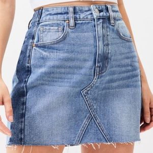 PacSun two-toned denim skirt// size: 27